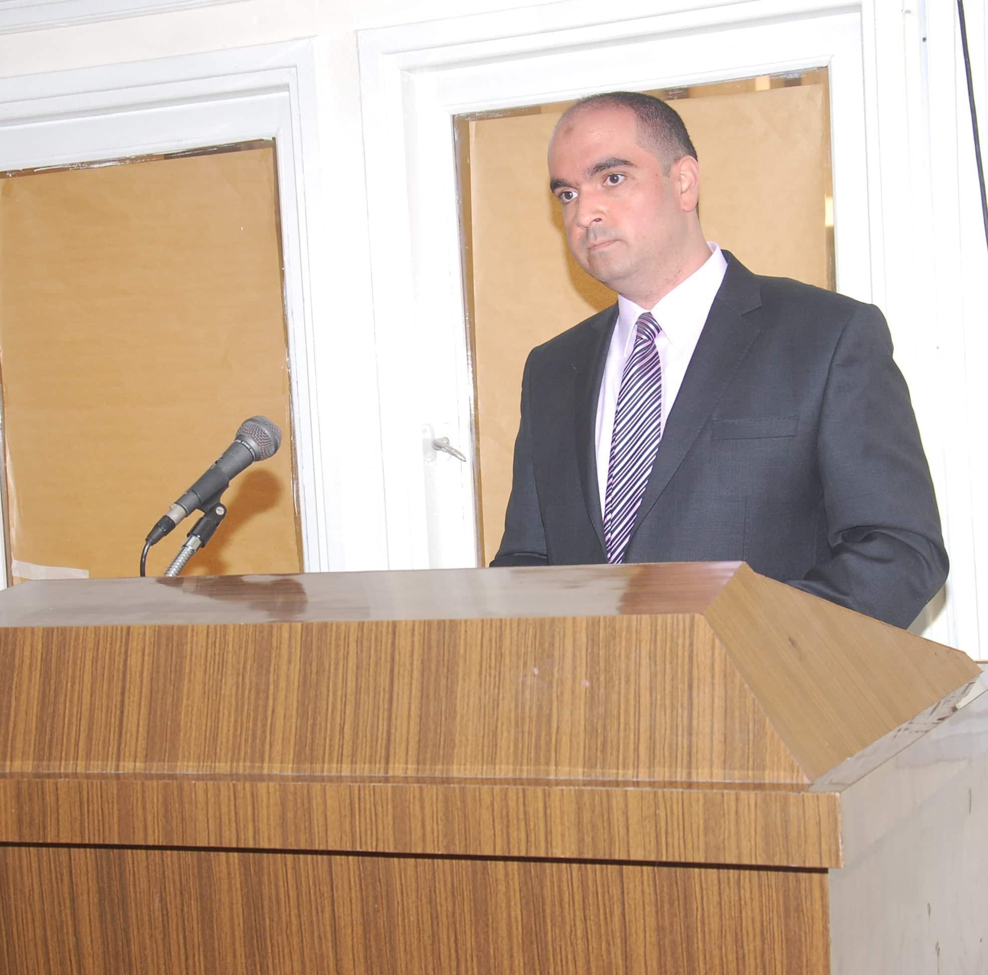 Dr. Moataz El-Helou %sitename% %sep% %title%